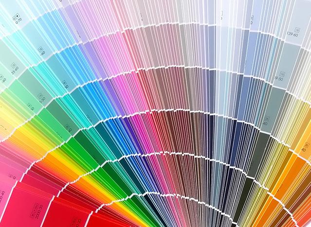 písek existuje v mnoha barevných provedeních